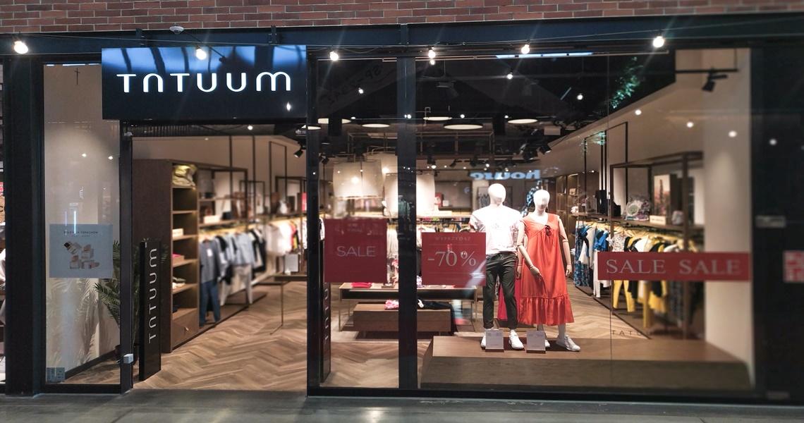 Wyprzedaże w sklepie Tatuum w Tkalni