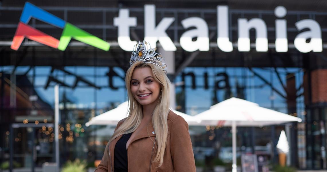 Karolina Bielawska odwiedziła CH Tkalnia Pabianice