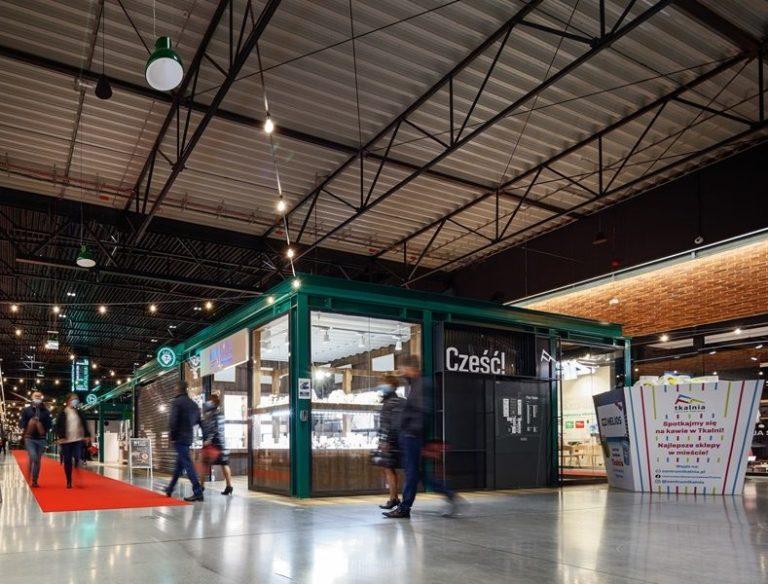 Salony telekomunikacyjne w Tkalni pozostają otwarte