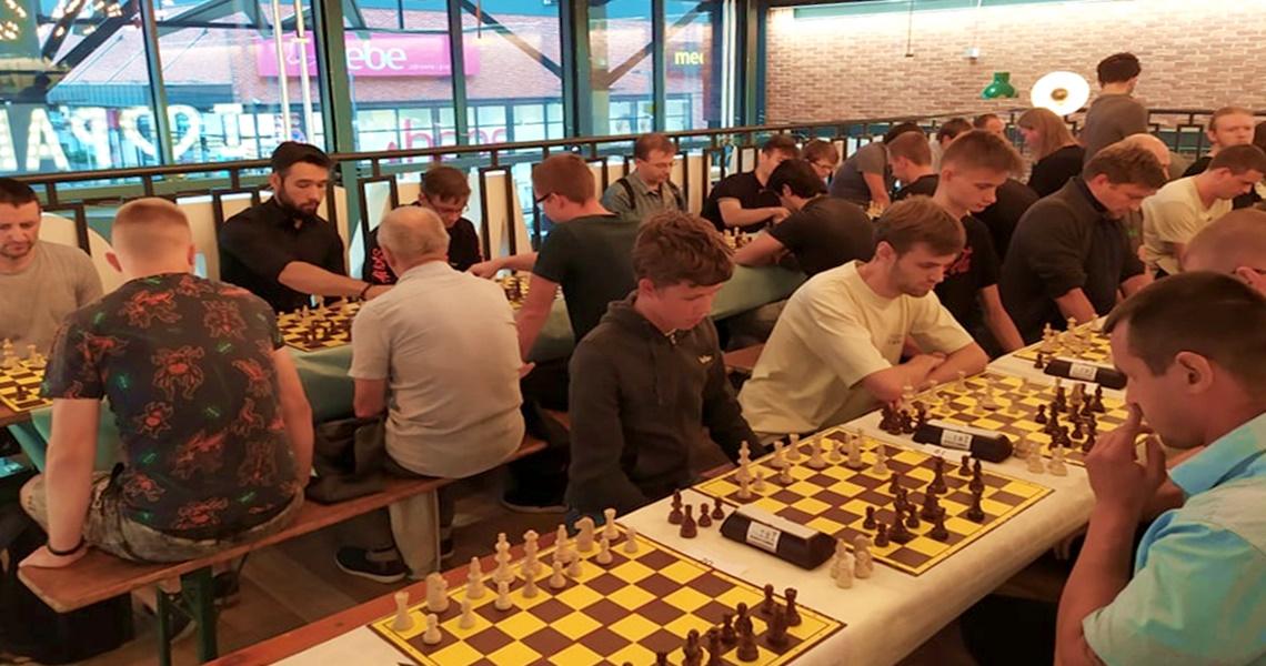Pierwszy turniej szachowy w Tkalni